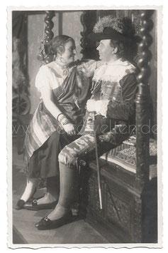 Alte Fotografie Postkarte FASCHING Paar als Zigeunerin und Edelmann verkleidet,  1920er Jahre