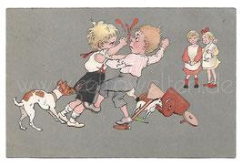 Alte Künstler Postkarte 2 JUNGEN PRÜGELN SICH, MÄDCHEN SCHAUEN ZU, 1906