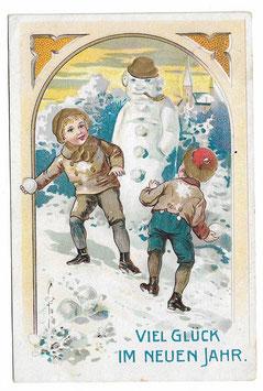 """Alte Lithografie Postkarte Neujahr """"VIEL GLÜCK IM NEUEN JAHR"""" Schneemann, Kinder werfen mit Schneebällen, 1908"""