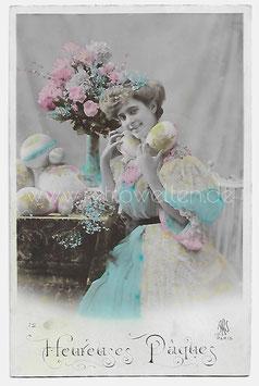 Alte Foto Postkarte OSTERN schöne Frau mit Ostereiern, 1937