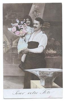 Alte Foto Postkarte DER SCHMIED UND SEINE TOCHTER