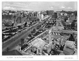Alte Fotografie ROMA - Via dei Fori Imperiali e Colosseo, Italien 1960er Jahre