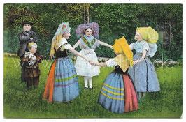 Alte Postkarte SPREEWALD - MÄDCHEN IN TRACHT TANZEN RINGELREIHEN, um 1910