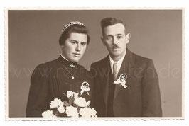 Alte Fotografie Postkarte HOCHZEIT Brautpaar aus Meran, 1950er Jahre