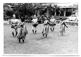 Vintage Foto TRADITIONELLE THAILÄNDISCHE TÄNZERINNEN UND TROMMLERINNEN 1960er Jahre