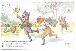 Alte Künstler Postkarte vermenschlichte Katzen jagen Schmetterlinge, signiert Arthur Thiele