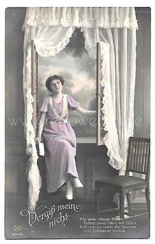 Alte Foto Postkarte VERGISS MEIN NICHT!  junge Frau mit Liebesbrief, um 1905