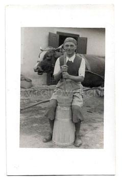 Alte Foto Postkarte BAUER MIT BUTTERFASS 1934