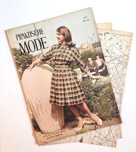 PRAKTISCHE MODE Vintage Nähzeitschrift Modezeitschrift Modemagazin mit Schnittmusterbögen -  1961