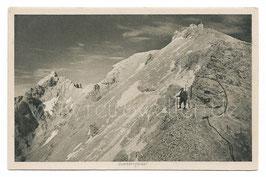Alte Fotografie Postkarte BERGSTEIGER AUF DEM WEG ZUR ZUGSPITZE