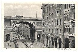 Alte Foto Postkarte GENUA GENOVA Via XX Settembre mit Straßenbahn und Pferdekutschen