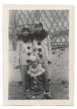 Alte Fotografie FASCHING 3 Mädchen als Pierrot verkleidet, 1925