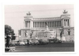 "Alte Fotografie ROMA  ""Vittoriale"" Monumento a Vittorio Emanuele II und Oldtimer Autos, 1960er Jahre"