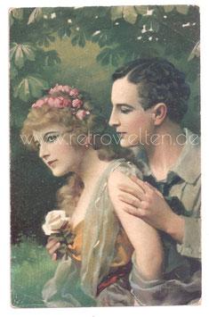 Alte Künstler Postkarte LIEBESPAAR - MANN UMARMT FRAU MIT ROSE