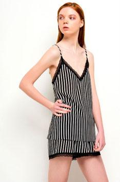 Frauen Pyjama Set mit schwarz weißen Streifen