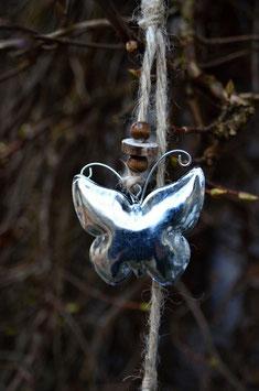 Metall-Dekokette Schmetterlinge