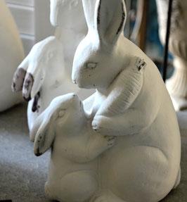 Osterhasenpaar Mutter mit Kind Terracotta weiß
