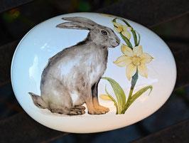 Ostereidose aus Keramik groß Hase mit Narzisse