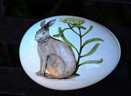 Ostereidose aus Keramik klein Hase mit Schafgarbe
