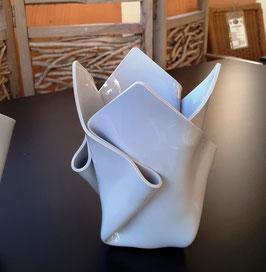 Acrylglas Vase mittel in kieselgrau
