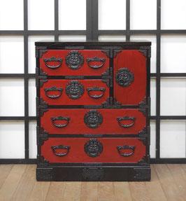 岩谷堂箪笥69巾片開き 赤黒拭き漆仕上げ
