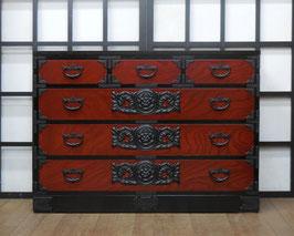 岩谷堂箪笥 四尺整理上三つ割赤黒
