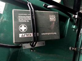 Unimog 403- 406-421 Cabrio Verbandskastenbefestigung Edelstahl mit Schrauben