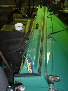 Unimog 406 Cabrio gerade Scheibe Kabinendichtgummi
