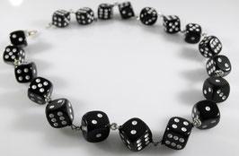 große Würfel (12 mm)  Halskette