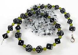 Würfel (8 mm) Halskette