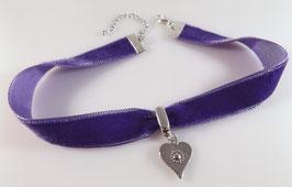 Samt Halsband mit diversen Herz`chen