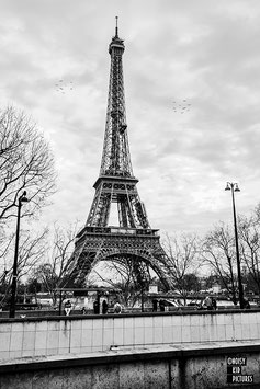 PARIS - DOIS-JE VRAIMENT VOUS DONNER LE TITRE?