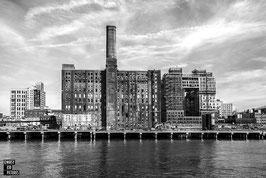 NEW YORK - DOMINO SUGAR FACTORY