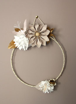Grande couronne florale lumineuse