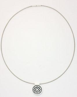 Zilveren hanger met zilveren collier