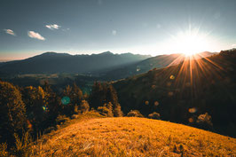 9978 - Sonnenuntergang auf der Alm, Italien