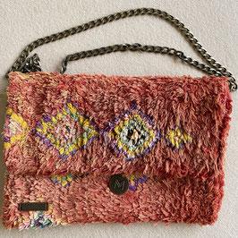 carpet bag daisy