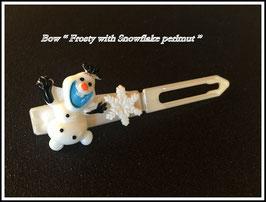 """HundeHaarSpange  """" Frosty mit Schneeflocke und Swarovski Element """""""