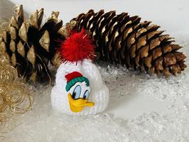 Wintermützchen mit Donald in Weiß