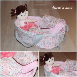 *Réservé Solène* Couffin pour poupée et sa parure de lit coordonnée Liberty Adelajda Rose