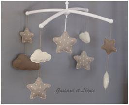 Mobile musical nuages, étoiles Ecru et marron/taupe