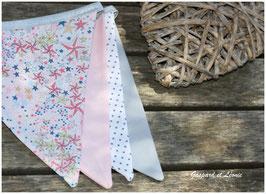 Guirlande de 8 fanions Liberty Adelajda rose Japonais, rose pale, blanc, blanc et gris perle