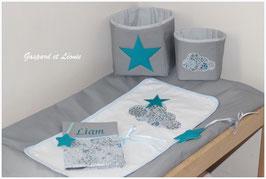 Ensemble Housse de matelas à langer et ses corbeilles Nuages, étoiles Liberty Adelajda bleu et bleu canard