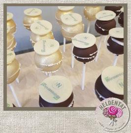 cake pops mit individuell bedrucktem Schokoaufleger