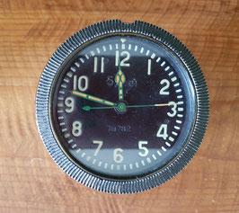 Reloj mecánico de tanque ruso.