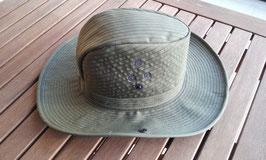 Sombrero con red antimosquitos. Vietnam.