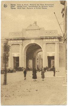 Ypres - Porte de Menin / Yper - Meenen Poort / Ypres - Menin Gate