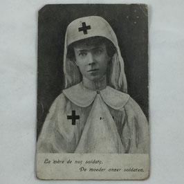 Belgian Postcard 'La mère de nos soldats - De moeder onzer soldaten'