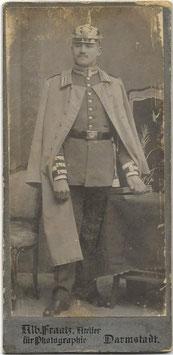 Duits officier met 'Pickelhaube'