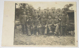Group photo of german soldiers with medic